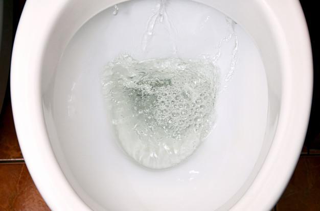 spluczka do wc naprawa